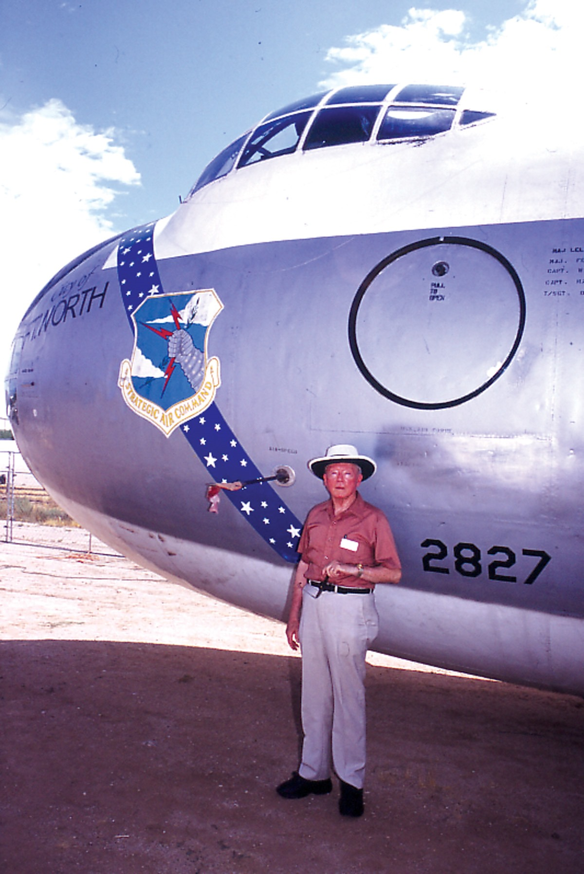 Tucson mayor welcomes b 36 bomber to the pima air and for Chambre a air 312 x 52 250